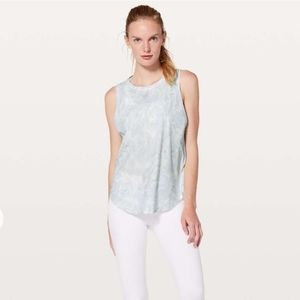 Lululemon Ace Tie Back Tank in Jasmine White